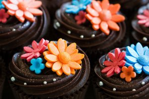 Pretty cup cakes.