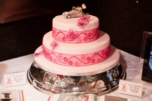 Beautiful cake at the wedding show.